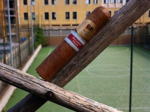 Por Larranaga Small Robusto Exclusivo Italia