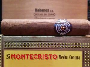 Montecristo Media Corona Box